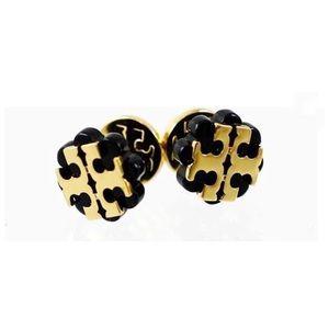Tory Burch studded earrings 🔥🔥🔥